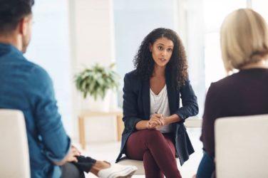 Cómo saber si necesito ir al psicólogo: 7 señales que debes reconocer